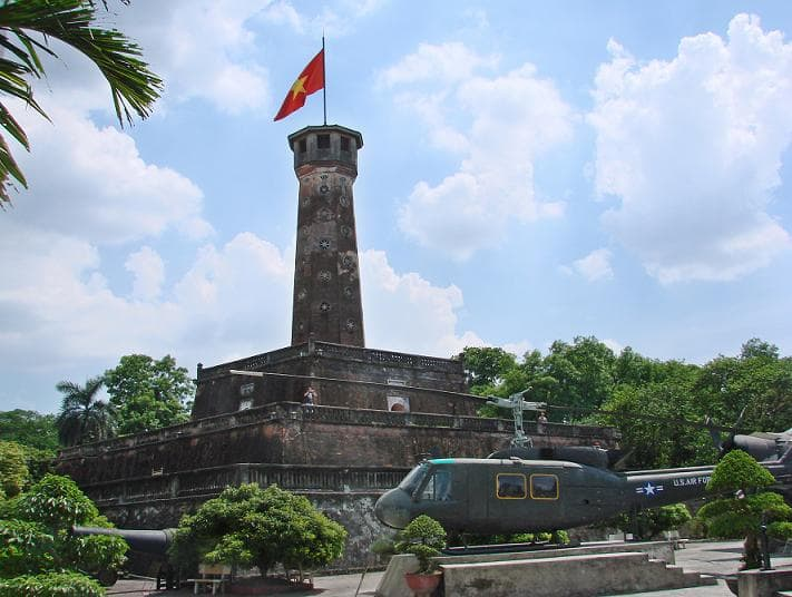 flag tower hanoi