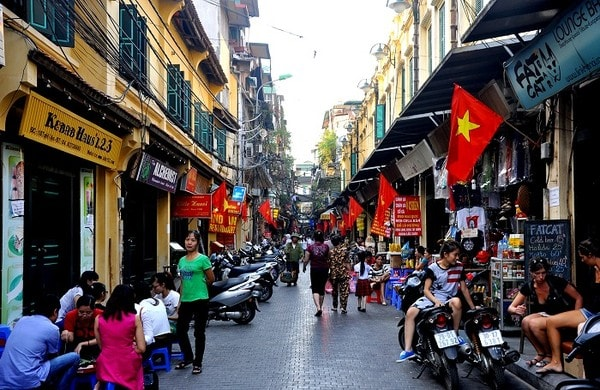 Backpacker street Hanoi