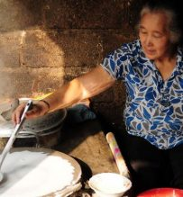 cooking with local hanoi