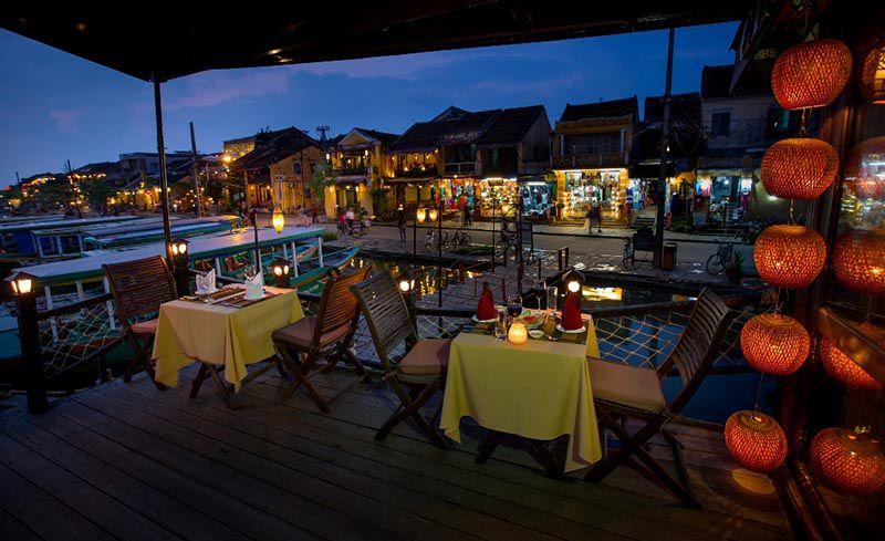 Cinnamon Cruise sunset dinner Hoi An
