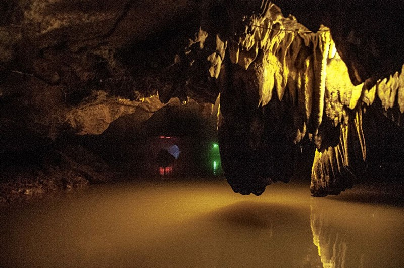 Thien Ha - Galaxy Cave in Ninh Binh