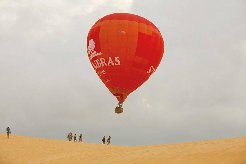 hot air ballooning in mui ne