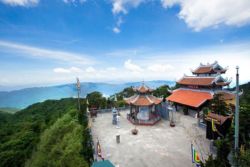 Linh ung pagoda ba na hills