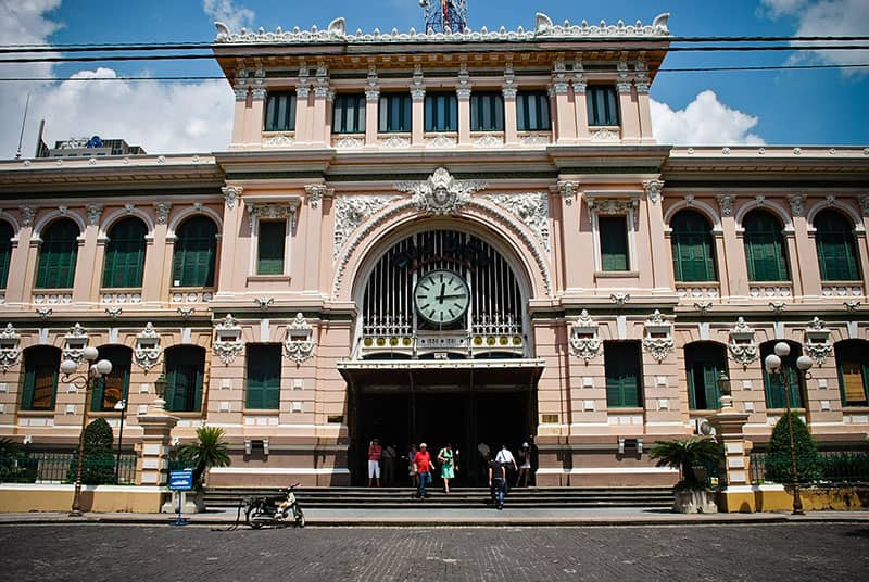 old saigon central post office